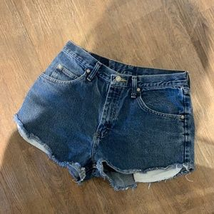 WRANGLER RELAXED FIT JEAN SHORTS